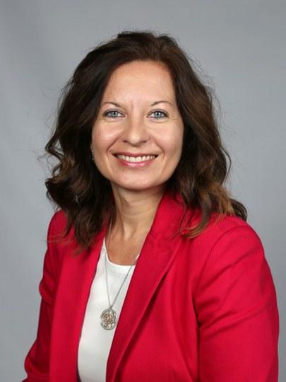 Dr. Irina Schumacher