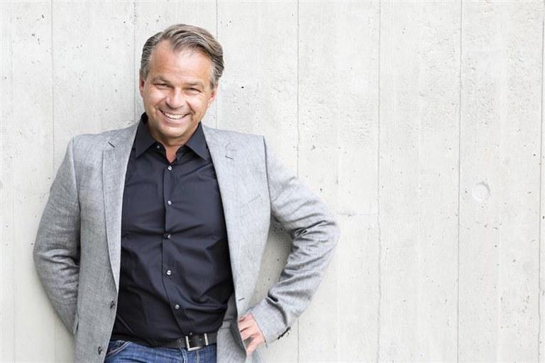 Ralf Wengenmayr übernimmt Patenschaft für Fachakademie und Pflegeschulen des diako